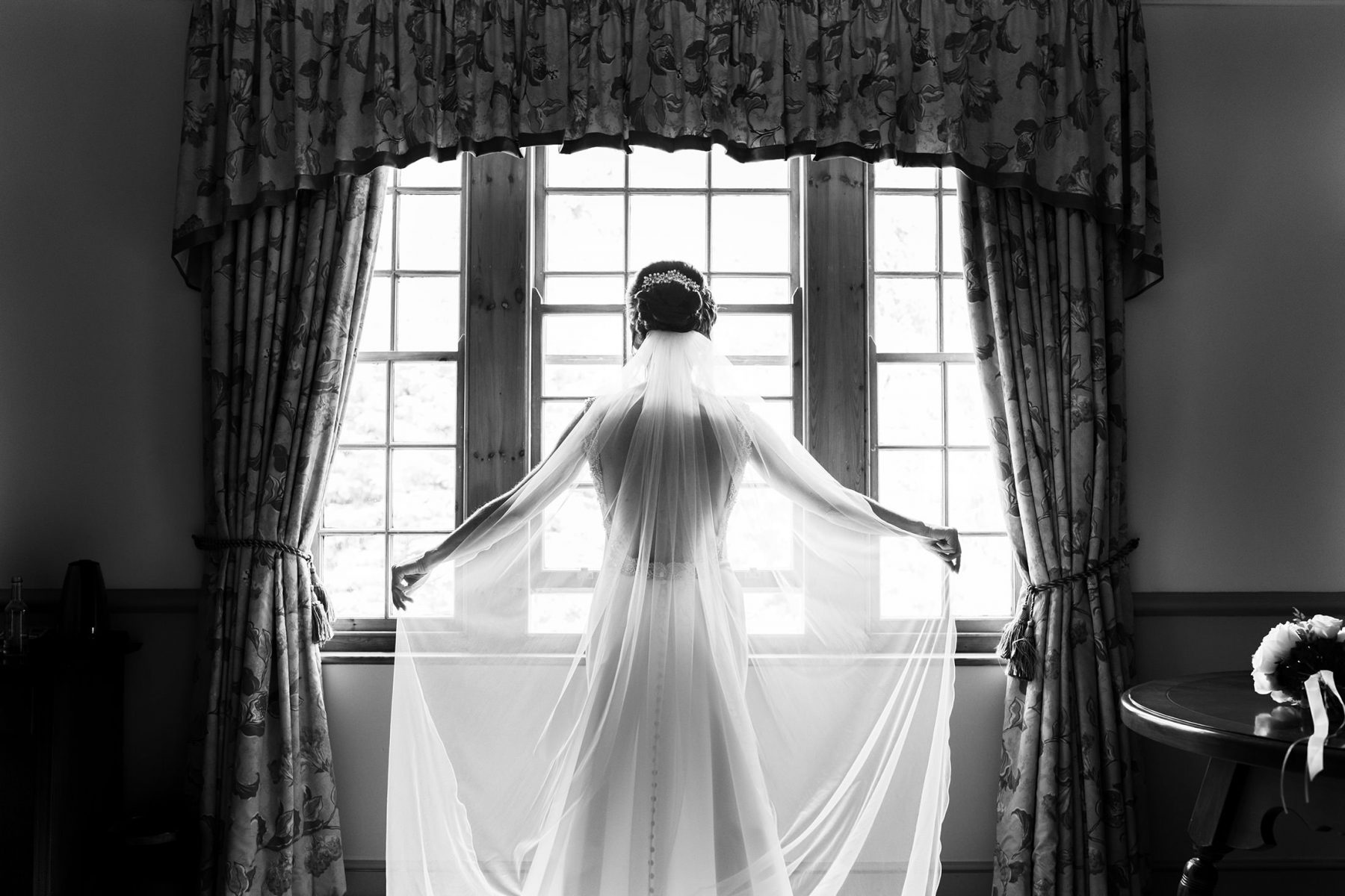 The bride is ready for here wedding at Nunsmere Hall, one of the most pouplar venues in Cheshire for Country House weddings