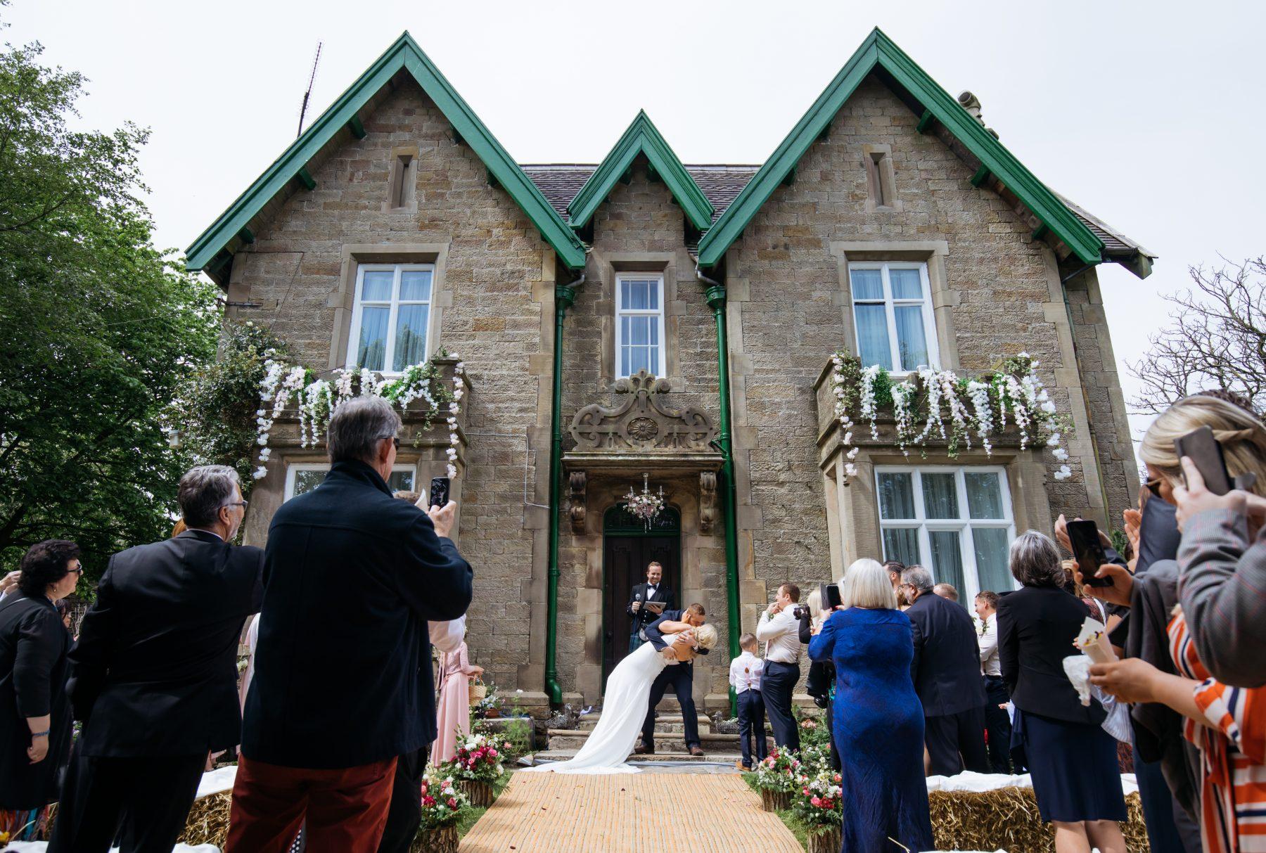Outdoor Wedding Photographer - Dave Thompson
