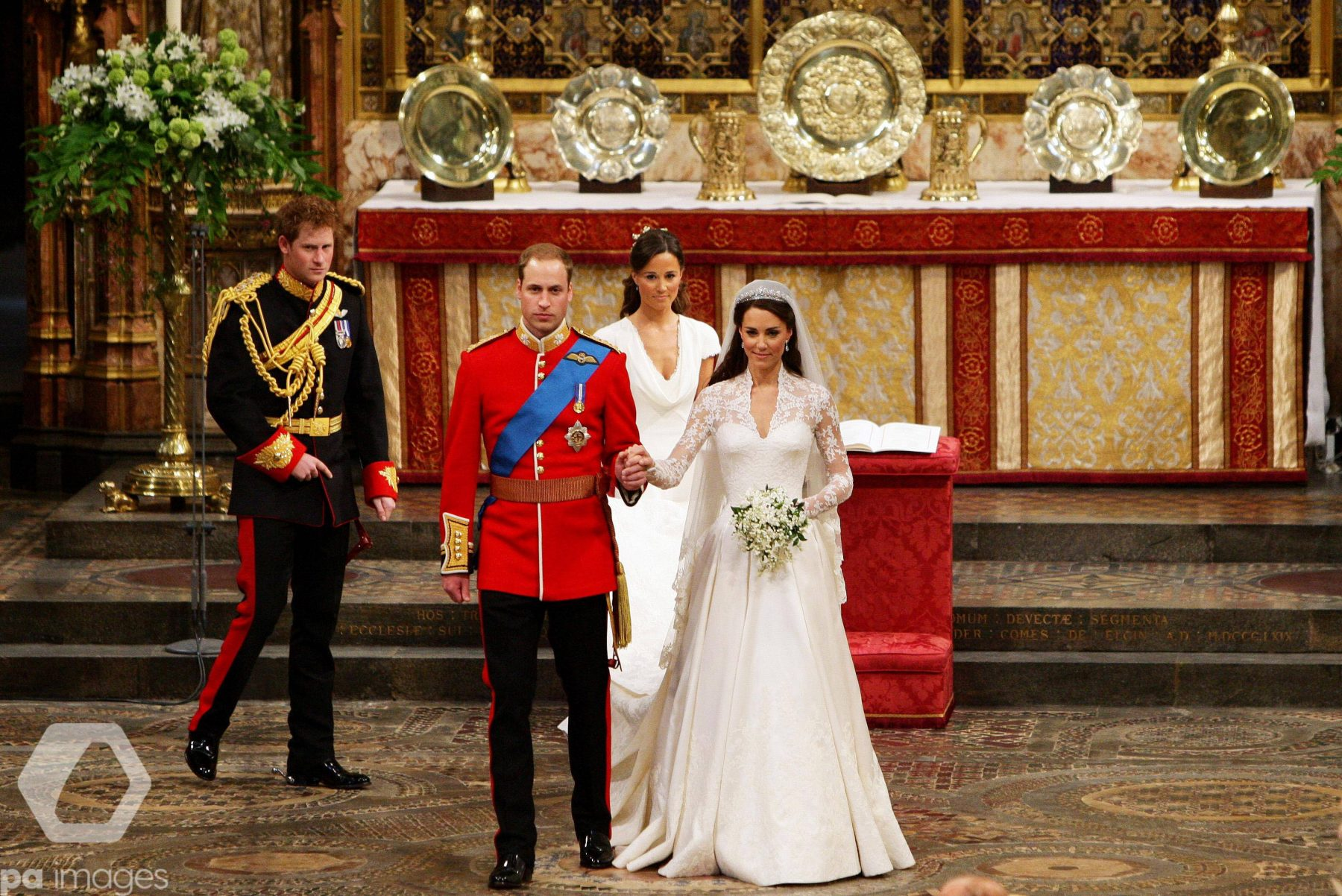 Prince William and Catherine Middleton Royal Wedding Photographs from Westminster Abbey